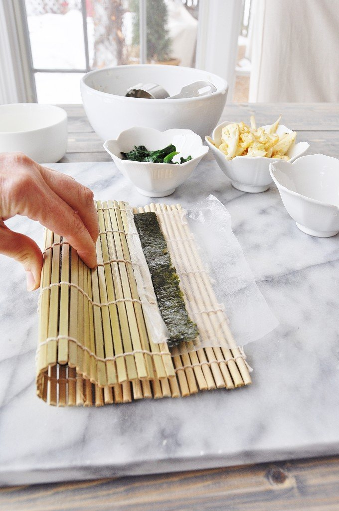 How to Make a Vegetable Sushi Roll